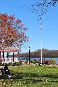 800px-Delaware_River_Bristol
